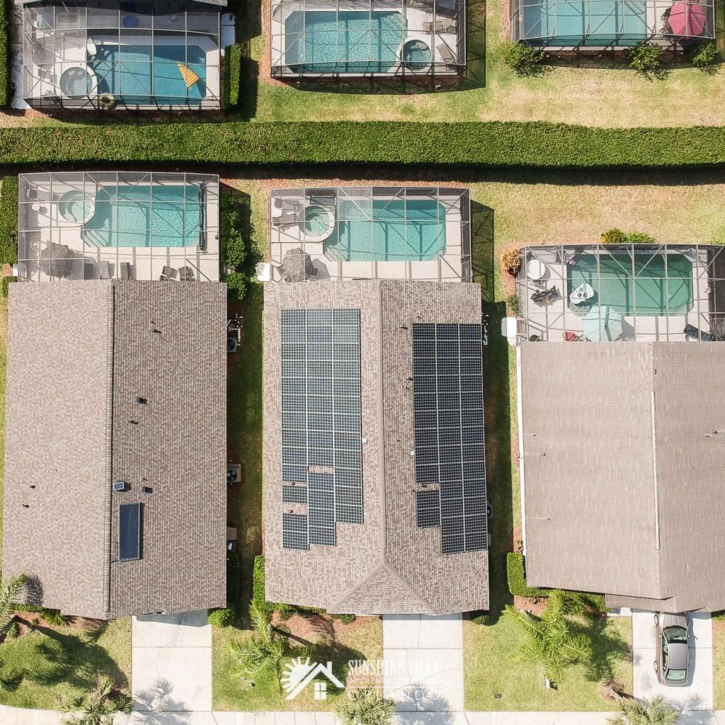 Sunshine Villa runs on sunshine, using solar power for an energy efficient vacation.